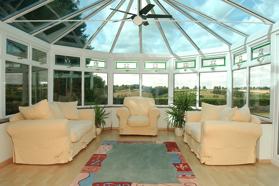 Polycarbonate Vs Glass Conservatory Roofs Which Is Best