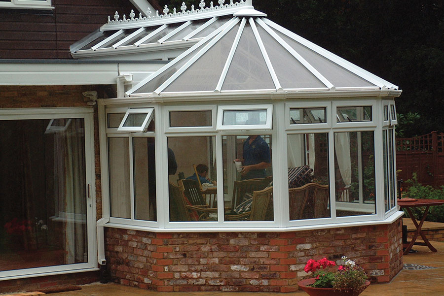 polycarbonate vs glass conservatory roofs which is best. Black Bedroom Furniture Sets. Home Design Ideas